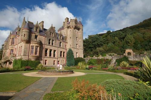 wheelchair accessible tours in belfast ireland