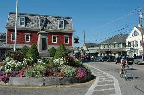 Kennebunkport and Cruise in Portland, Maine