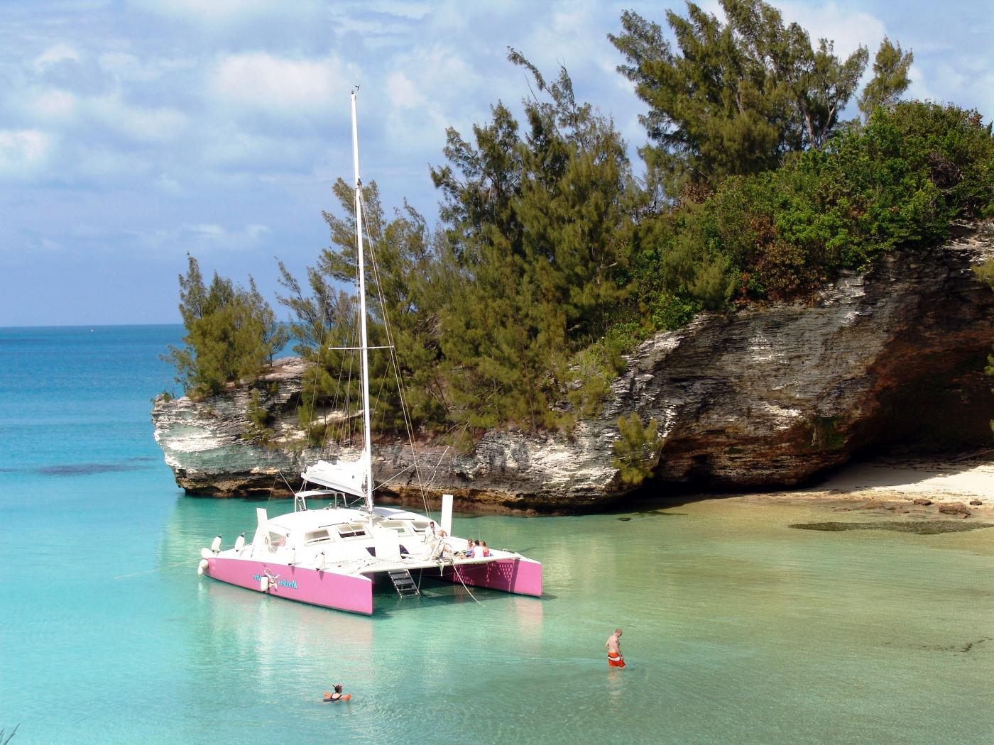 Restless Native Discovery Cruise & Snorkel in King's Wharf, Bermuda