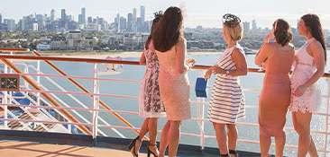 Cruise to the Melbourne Cup.